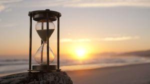 hourglass-photography-hd-wallpaper-3840x2160-34547